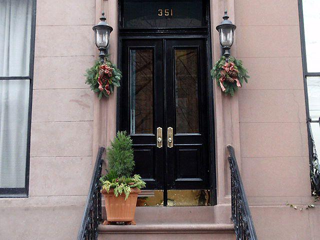 Brownstone Exterior Doors The Vestibule Tiles From Mosaic House