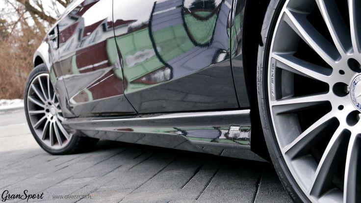 Nasze bramy opuścił właśnie pierwszy i jedyny w Polsce Carlsson CS35 powstały na bazie przedłużonej wersji Mercedesa Klasy S (V222). Ekskluzywny bodykit zamontowany na flagowej limuzynie Mercedesa wzbogaciliśmy dodatkowo o aktywny układ wydechowy Maxhaust oraz zastrzyk mocy Brabus.  Więcej informacji: http://gransport.pl/blog/realizacja-carlsson-cs35/  Lider Tuningu Aut Premium w Polsce GranSport - Luxury Tuning & Concierge http://gransport.pl/index.php/