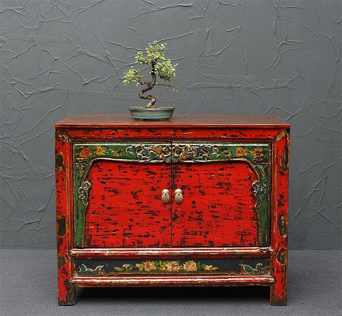 Chinesische Kommode, rot