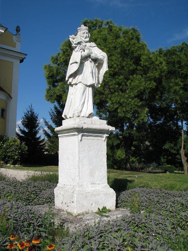 Nepomuki Szent János szobor (Zsámbék) http://www.turabazis.hu/latnivalok_ismerteto_3865 #latnivalo #zsambek #turabazis #hungary #magyarorszag #travel #tura #turista #kirandulas