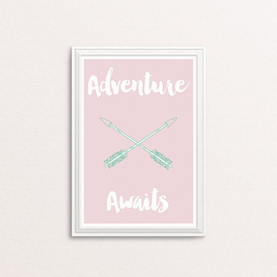 Adventure awaits DIY printable Girl's bedroom by Papierscharmants