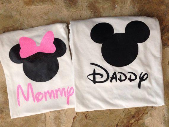 Mamá y papá minnie y mickey mouse camisetas por ASweetBabyBoutique