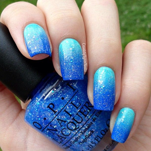 Ombre nails - blue