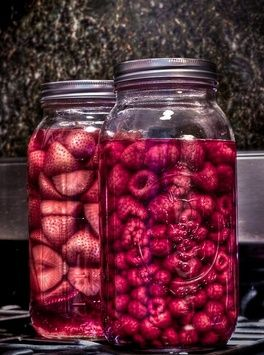 How to Infuse Your Own Cocktails: 5 simple steps for transforming spirits at home http://www.thespir.it/articles/how-to-infuse-your-own-cocktails/: Fresh Eggs, Fun Recipes, Fruit, Infused Liquors, Jars Infused, Infused Vodka, Flavored Vodka, Mason Jars, Cocktails