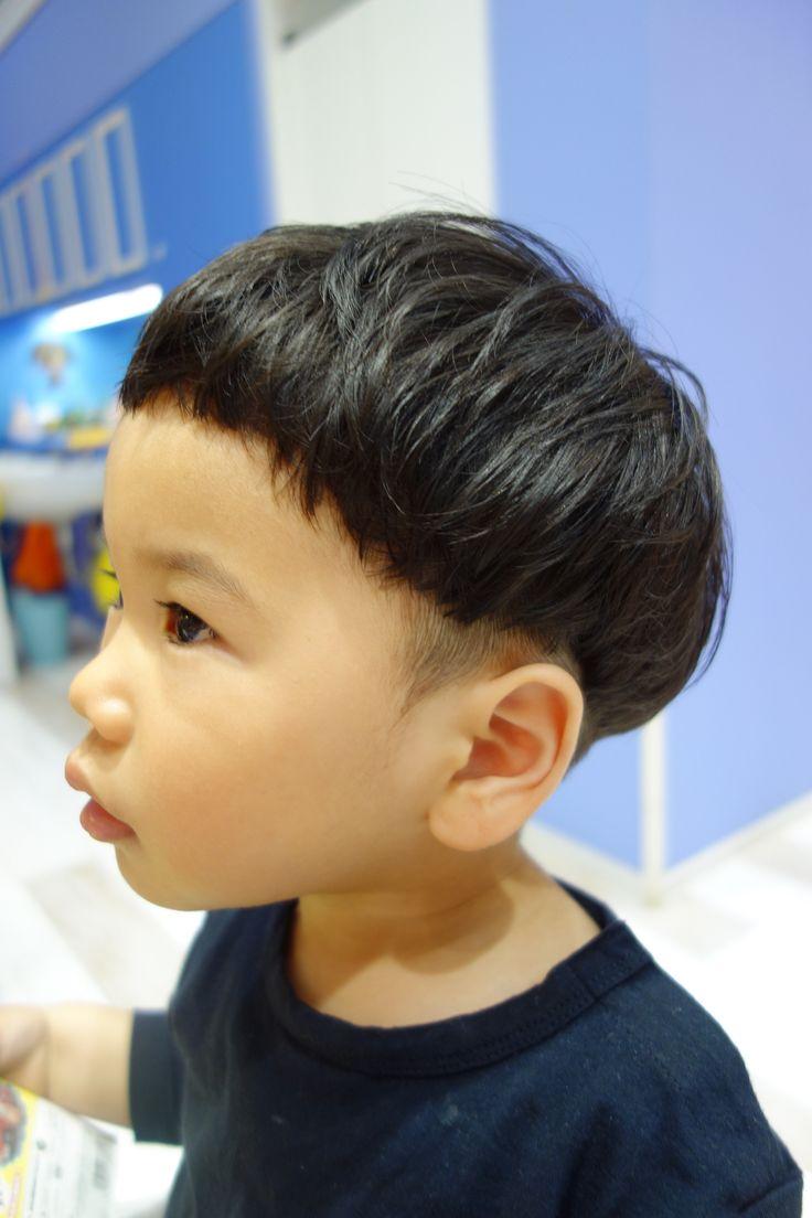 くせ毛を活かしてまぁるく優しい印象のツーブロック☆ -こども専門の美容室「チョッキンズ」-