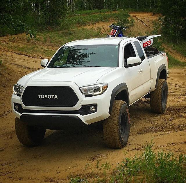 Find Toyota: 32 Best Toyota Hilux Images On Pinterest