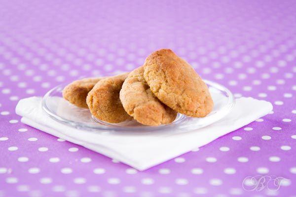 Печенье для самых маленьких 50гр гречневой каши (быстрорастворимое безмолочное детское питание) 50гр мягкого творога (детский творожок без добавок) 25гр яблочного пюре 25 гр масла сливочного 2 перепелиных желтка