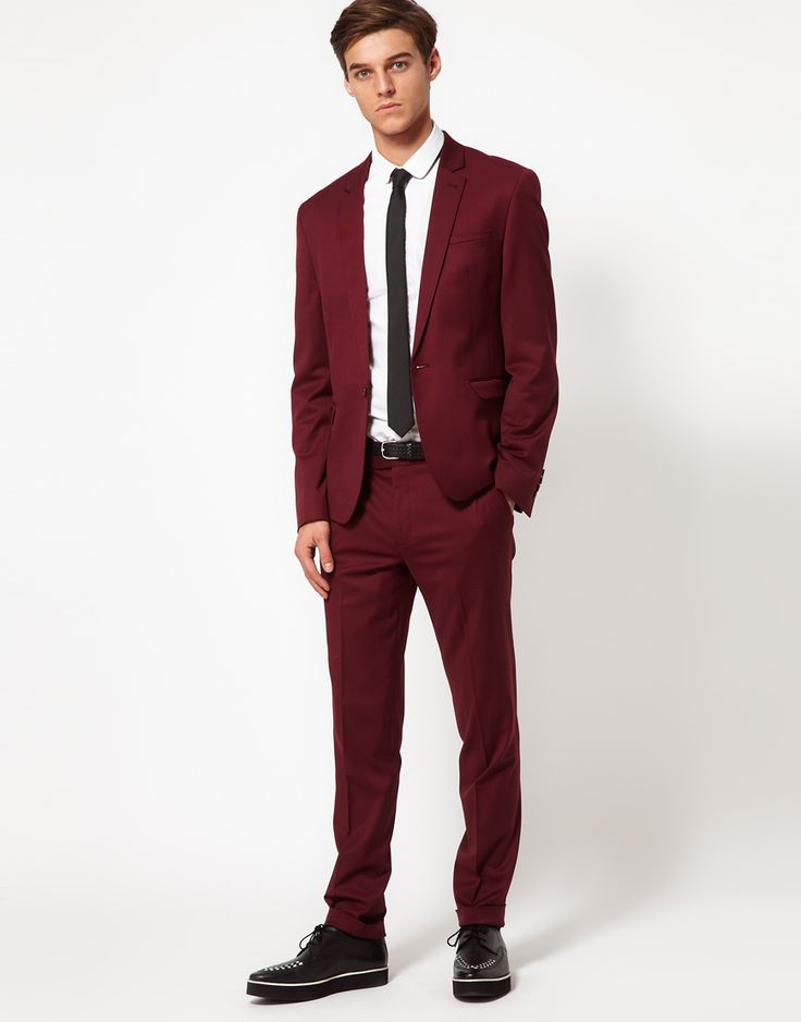 Skinny Burgundy Suit | My Dress Tip