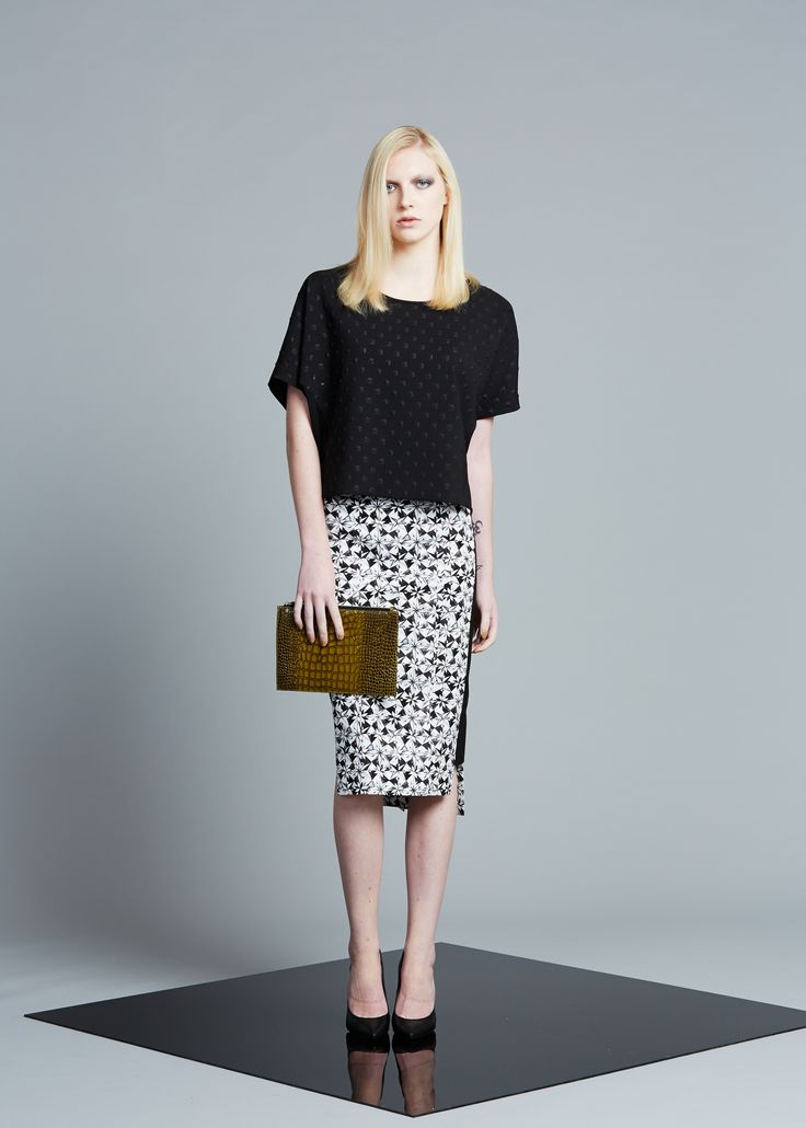 Obi's exclusive printed pencil skirt looking chic!