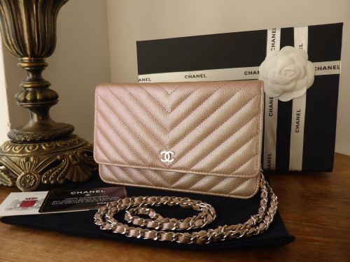 0a7b8dac Chanel Wallet on Chain in Light Rose Gold Iridescent Pearlised ...