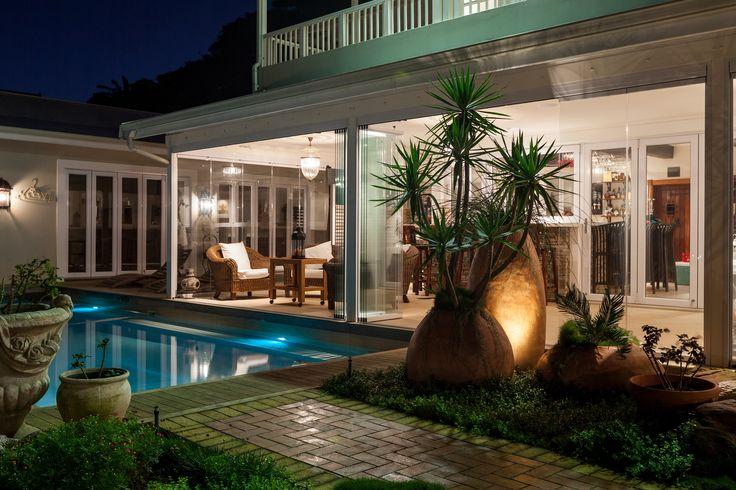 25 bezaubernde windschutz terrasse ideen auf pinterest windschutz sichtschutz und zaun. Black Bedroom Furniture Sets. Home Design Ideas