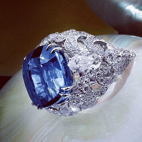"Orlov Jewelry. A cushion shaped natural ""cornflower"" blue sapphire of 26 carats…"