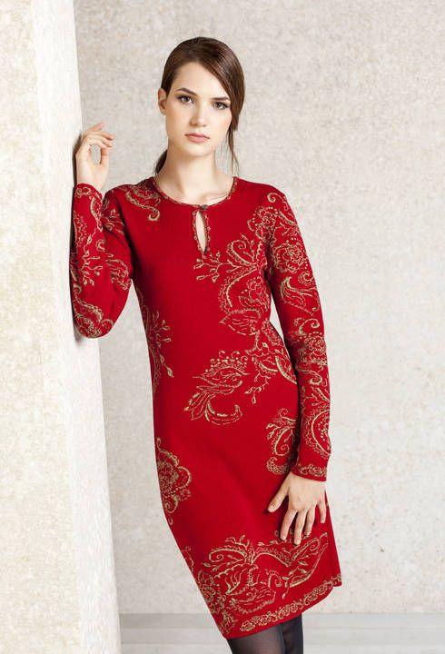 Mooie rode jurk met bloemmotieven van #Ivko #fashion