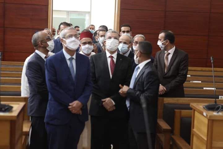وزير العدل يقوم بتدشين المركز القضائي باولاد تايمة Talk Show Scenes Talk