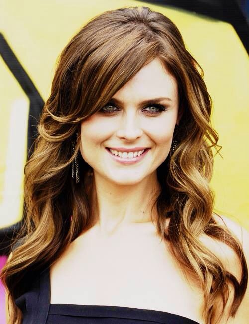 haircuts and highlights 78 best emily deschanel 3346