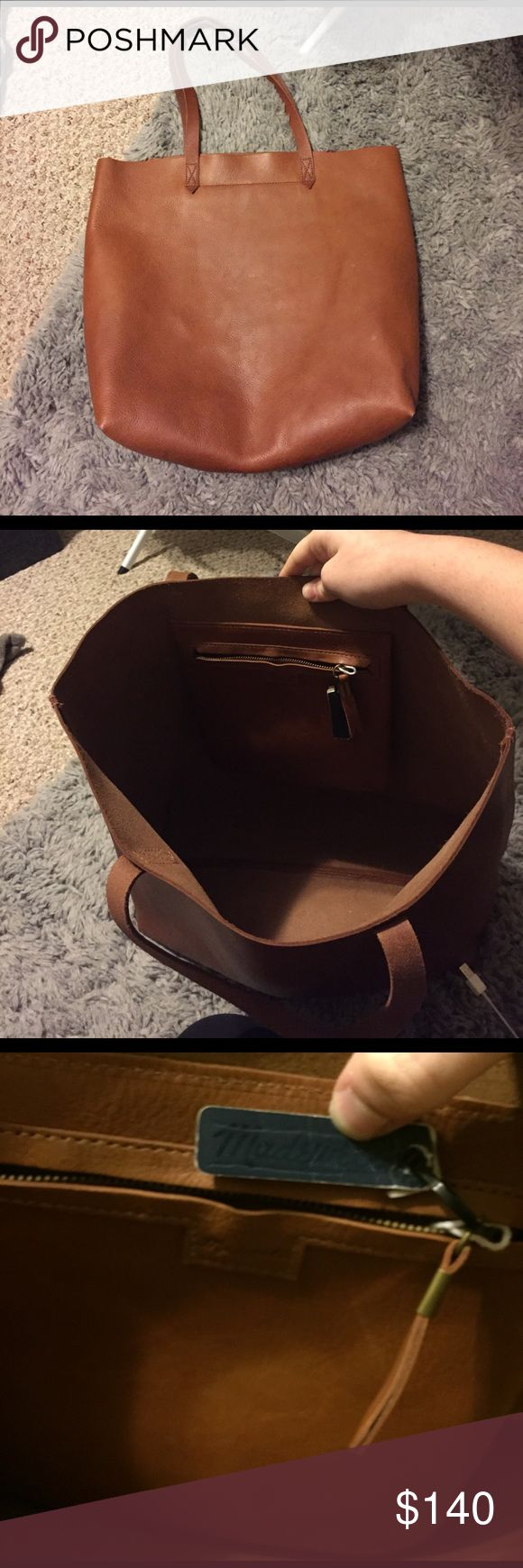 Madewell transport tote Only used for 2 weeks still have tag on it. Very new like new condition! Amazing bag, just didn't have much of a use for it! Madewell Bags Totes