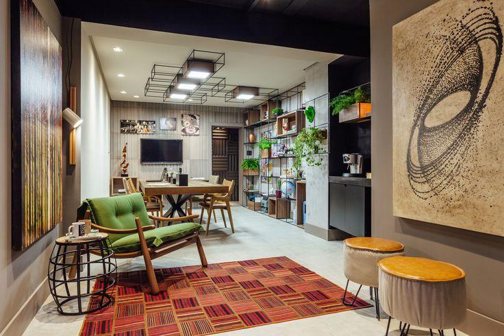 Projeto Studio de Design, dos arquitetos Márcio Moreira e Magali Montani, e da designer de interiores Ana Paula Weber. Foto: Cristiano Bauce