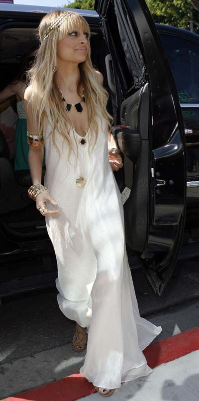 Nicole Richie at the launch of 'House of Harlow 1960′ in Los Angeles. Boho fabulous!