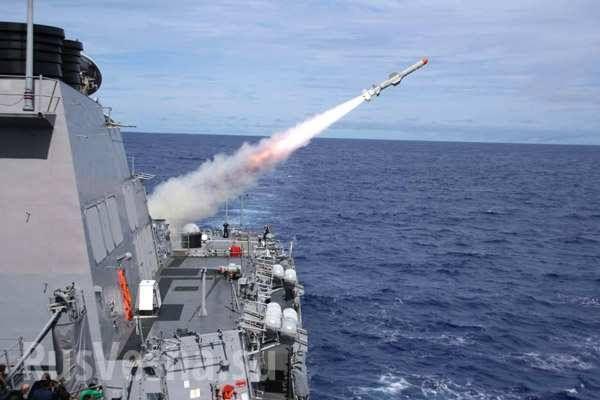 Russland kündigt Memorandum mit der USA in Syrien auf, verstärkt seine Luftabwehr und schickt sämtliche Kriegsschiffe zurück nach Syrien ...