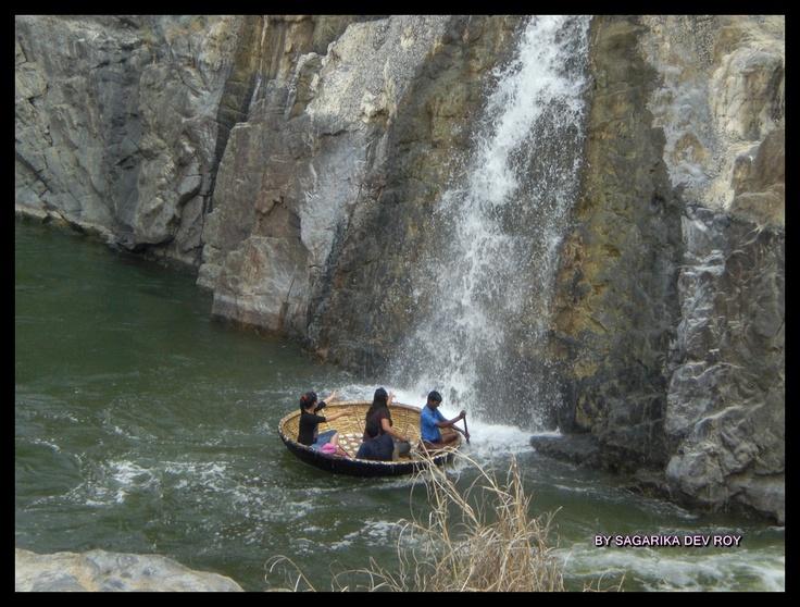Hogenekkal Falls (Tamil Nadu and Karnataka Border)