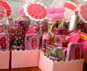 Petit cadeau pour les demoiselles d'honneur... ...