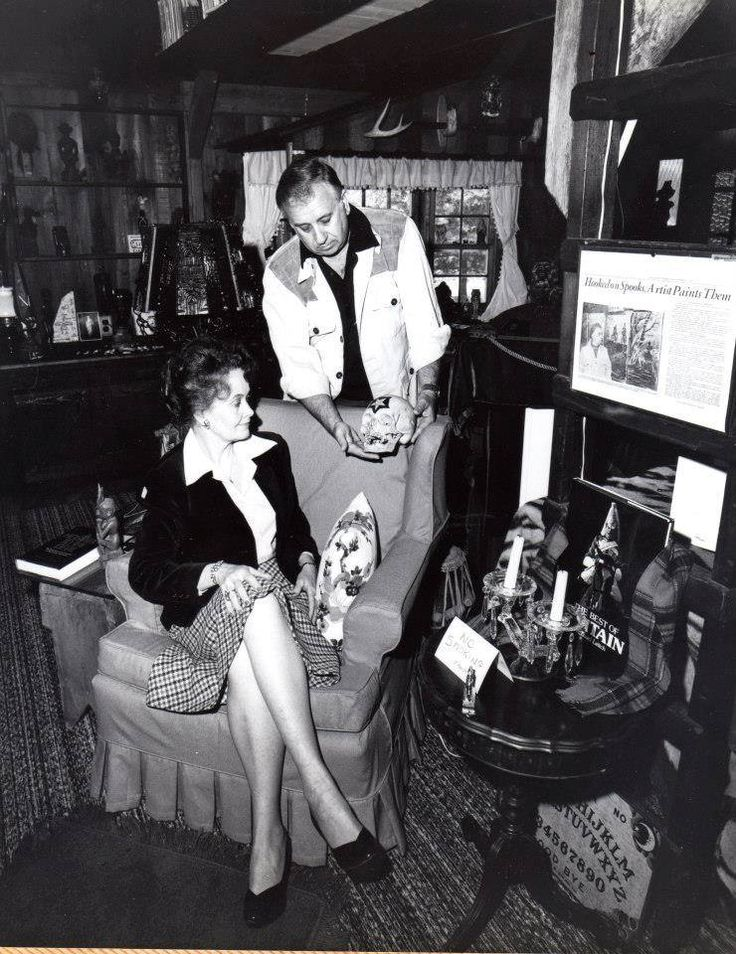 Ed and Lorraine Warren Borley Rectory And Cross Keys Hotel and Pub Movie HD free download 720p