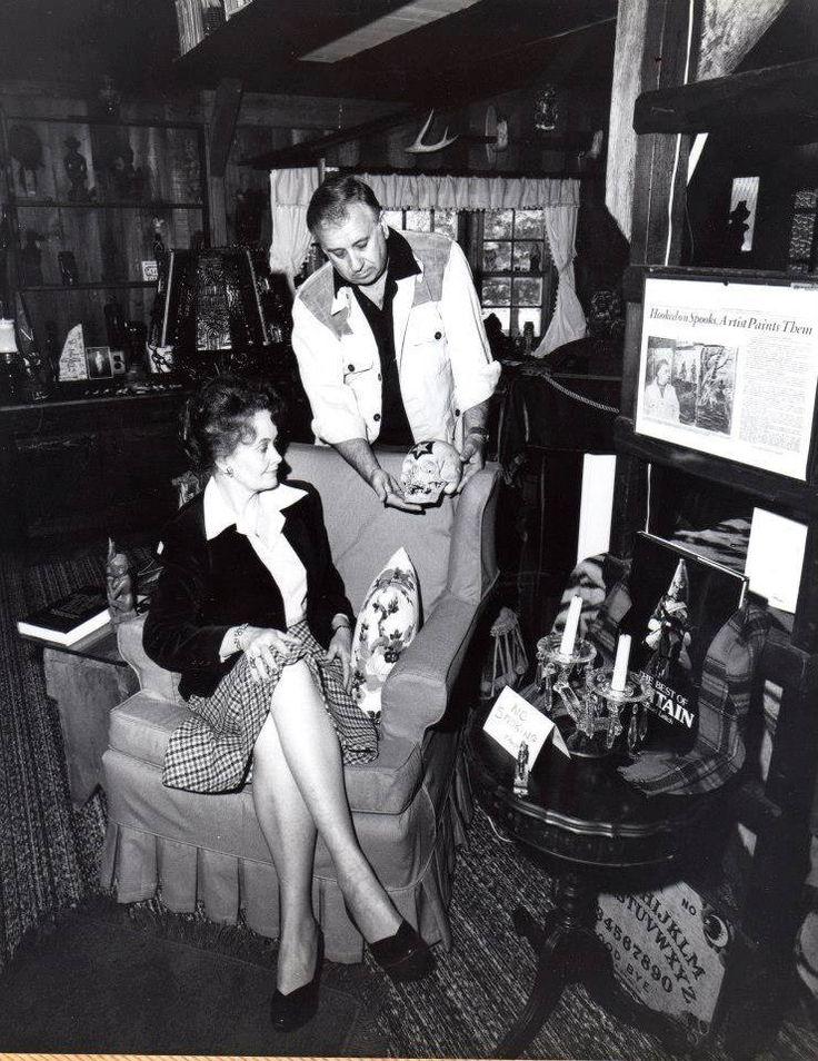 Ed & Lorraine Warren | A Haunting | Pinterest | Lorraine warren ...