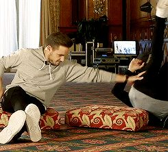 NIAM GIF >>>> Oh my gosh, this is so beautiful *swipes at tears*