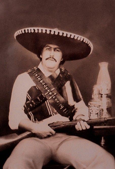В образе мексиканского революционера Панчо Вилья