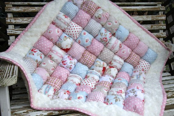 Shabby Chic Bubble Quilt / Puff Blanket / Biscuit Quilt /