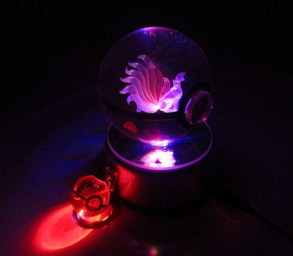 pokemon Ninetales cristal 3D Pokeball voyant Cosplay réplique boule Prop & gratuit LED Pokemon porte-clé breloque USA vendeur * gratuit livraison *