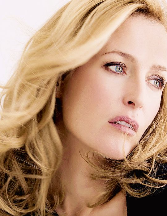 Gillian Anderson for Psychologies Magazine.