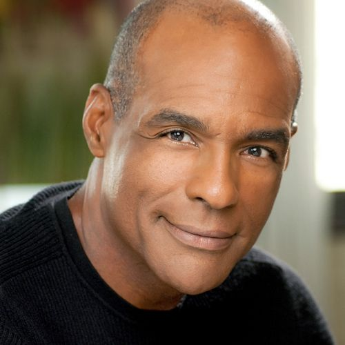 Michael Dorn Born	December 9, 1952 (age 60) Luling, Texas, U.S. Occupation	Actor, Voice actor. Dorn's most famous role to date is that of the Klingon Starfleet officer Lieutenant J.G. (later Lieutenant and then Lt. Commander) Worf in Star Trek: The Next Generation and Star Trek: Deep Space Nine.
