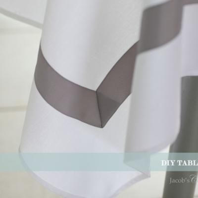 DIY Simply Classic Tablecloth {Tablecloth}