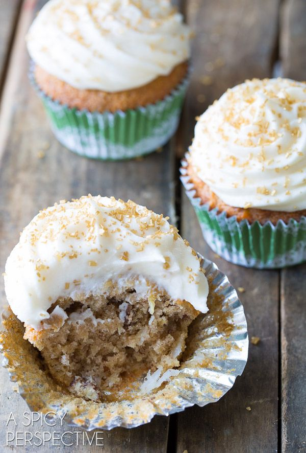 The Best Hummingbird Cake with Sour Cream Frosting on ASpicyPerspective.com #cupcakes #southern