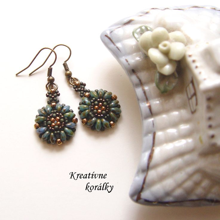Earrings made of Superduo and Miyuki beads