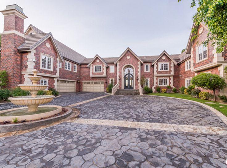 Nick And Vanessa Lachey's $4.15 Million Mansion