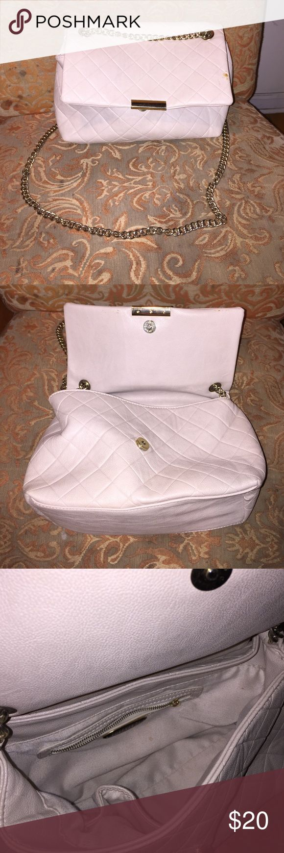 Cream shoulder bag Lightly used! Very cute! Bags Shoulder Bags