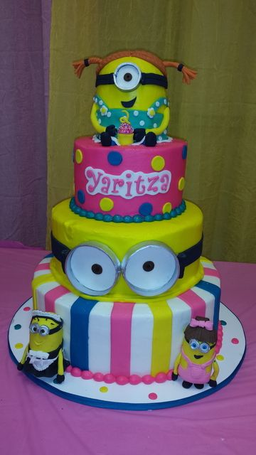 What a great cake at a Despicable Me party! See more party ideas at CatchMyParty.com! #partyideas #minion