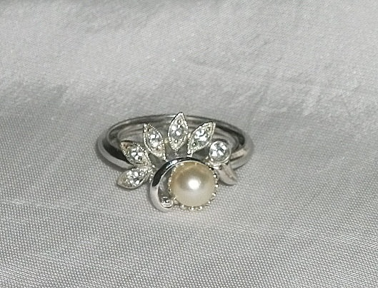 Vintage Faux Pearl and Rhinestones RingAdjustable by picsoflive, $17.00