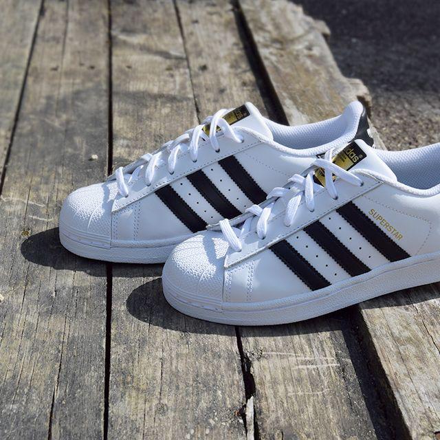 adidas Superstar Réf : C77124 | Baskets mode homme, Sport mode, Adidas