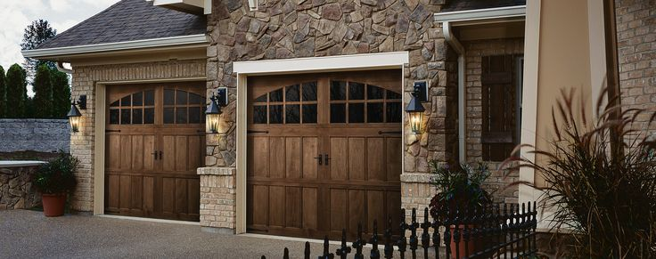 25 best ideas about wood garage doors on pinterest for Composite garage doors that look like wood