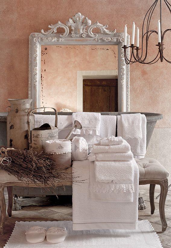 Oltre 25 fantastiche idee su idee per il bagno su - Bagno stile shabby ...