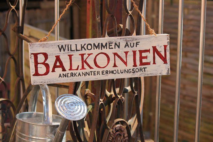 Balkon - Holzschild mit Text im Vintage Style Terrassien - ein Designerstück von Linda-Thom-Lillis-Handcraft bei DaWanda