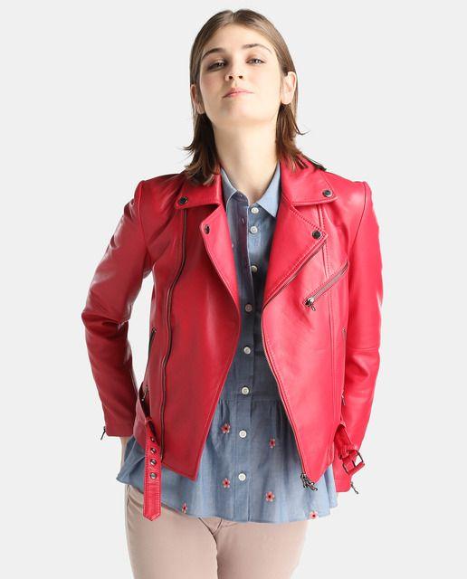 Cazadora perfecto de mujer Emporio Armani en color rojo cereza