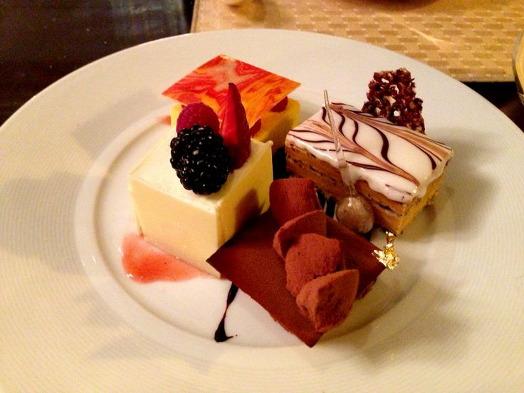 When Food meets Travel: dessert @ Four Seasons, Budapest