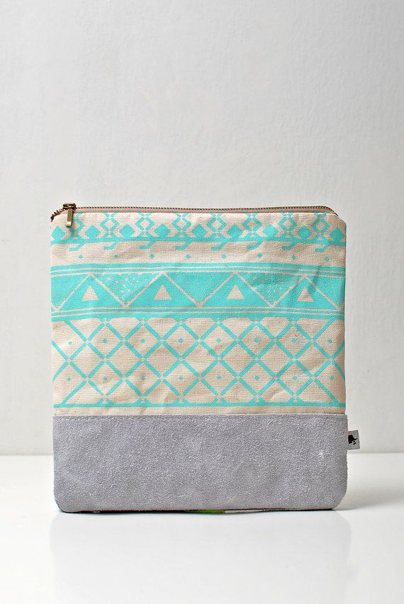 SALE Triangle Printed LeatherSuede Pouch Aqua by CORIUMI on Etsy, $45.00: Colour, Zip Clutches, Coins Purses, Triangles Prints, Pouch Aqua, Clutches Etsy, Pur Bags, Purses Bags, Etsy Shops