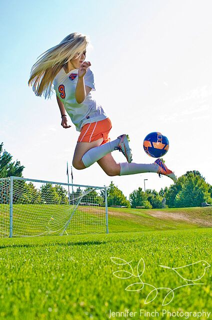 I want this for my senior pictures so bad !!!!!!!!!!!!!! ⚽️⚽️⚽️⚽️❤️❤️❤️