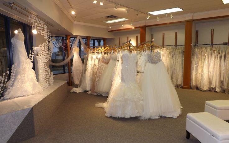 Best 25+ Wedding dress outlet ideas on Pinterest | Wedding ...