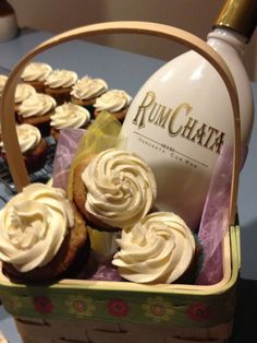 hummingbird rumchata cupcakes This is on the list for summer beach dessert mmmmm